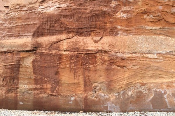 Oblique view of Trough Cross-beds in Otter Sandstone, Ladram Bay, UK_photoby Robert Mahon